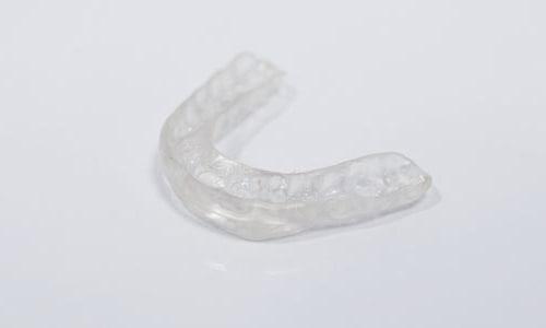 ferula-deportista-proteger-traumatismo-dental