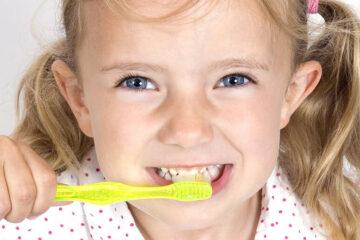 ¿Por qué es tan importante el cepillado infantil y cómo debe ser?