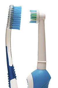 Cepillo eléctrico o manual para lavarse los dientes