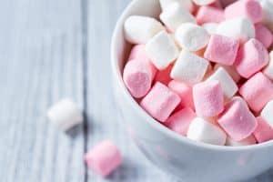Azúcar daña el esmalte de los dientes