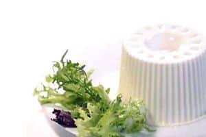 Comer dieta blanda y fría