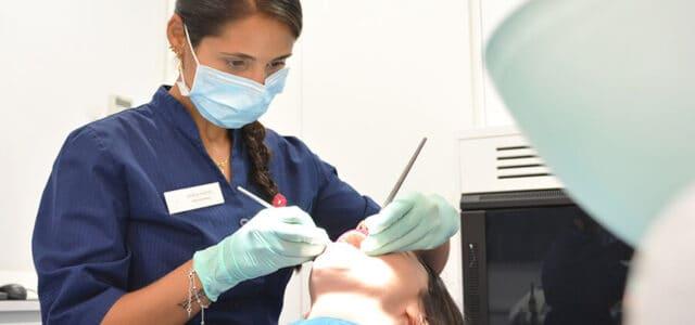 Profilaxis dental profesional