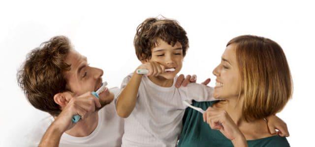 Cómo cepillarse bien los dientes  Técnica paso a paso  7655d6cad46a