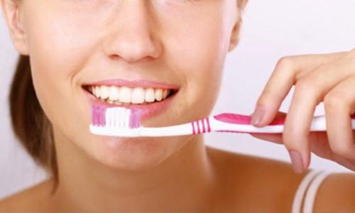 cepillarse-los-dientes