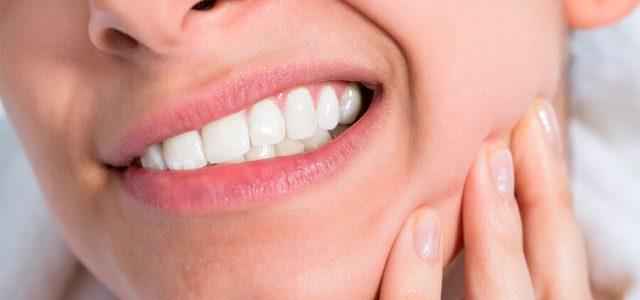 Las prótesis dentales pueden tener problemas