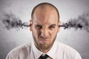 Enfado e irritabilidad por no dormir