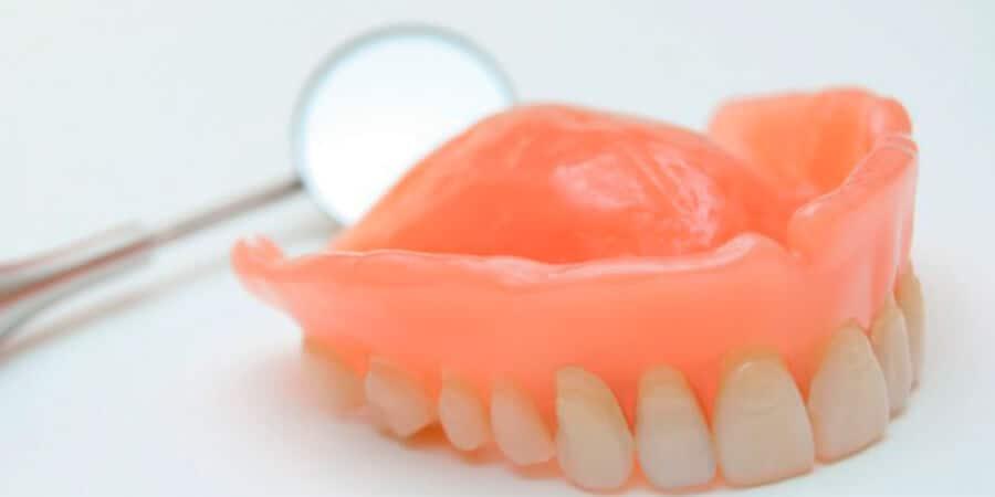 precio de protesis dental removible