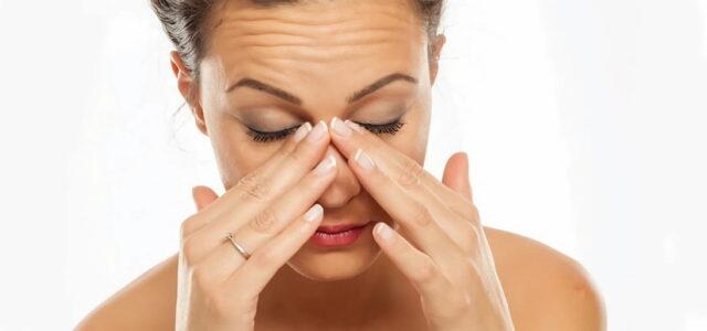 Que sintomas da la sinusitis cronica